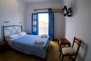blue-bay-hotel-in-patmos